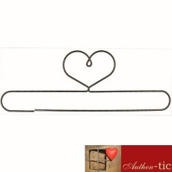 Percha Corazon barra madera 40.64 cm
